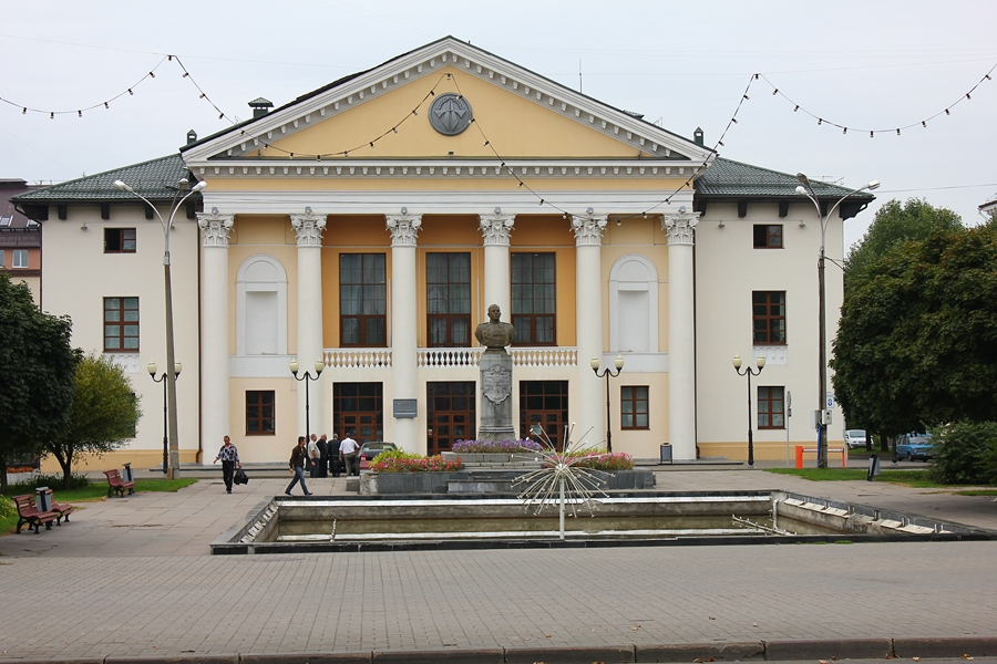http://sur.by/wp-content/uploads/2011/09/Mogilev-17.jpg